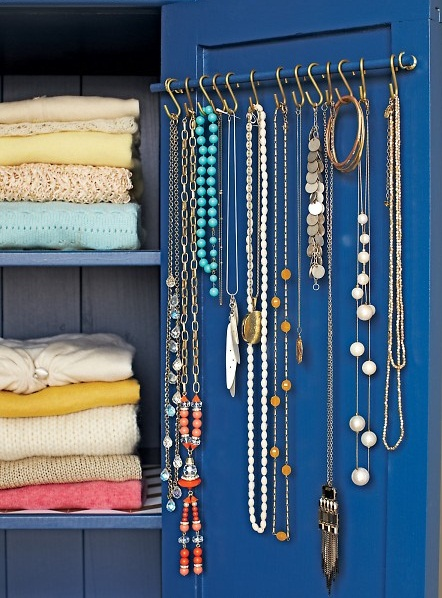 4-jewelry-storage-ideas-necklaces-on-a-kitchen-railing-inside-wardrobe-inner-side-of-closet-door