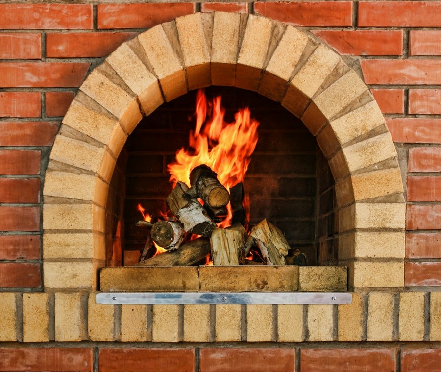0-brick-fireplace-wood-burning-stove-in-a-garden-office-cottage-country-house