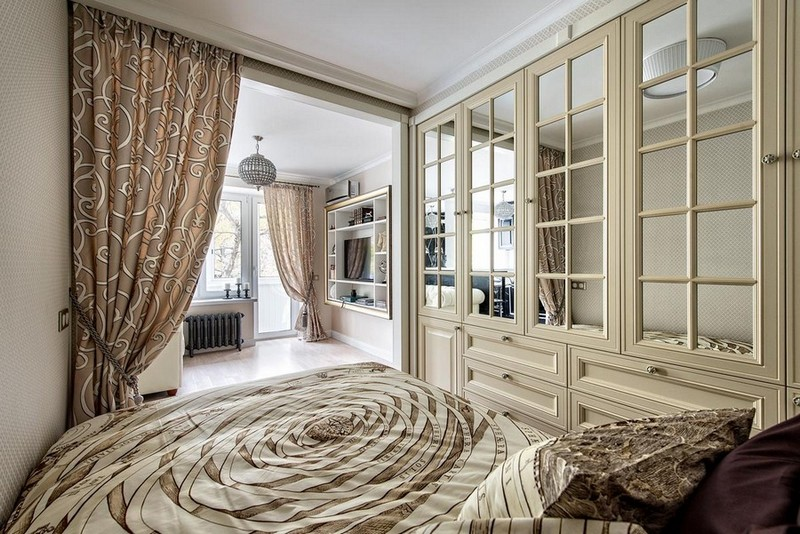6-3-one-room-apartment-interior-design-ideas-bed-sleeping-area-in-the-living-room-lounge-zone-mirrored-glass-wardrobe-doors-recessed-closet-built-in-curtained-shelving-unit