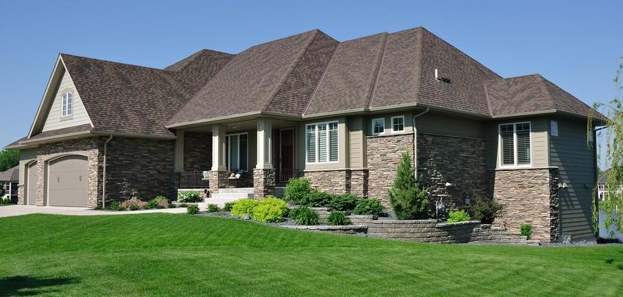6-sloped-waterproof-weatherproof-landscape-of-a-cottage-house-garage