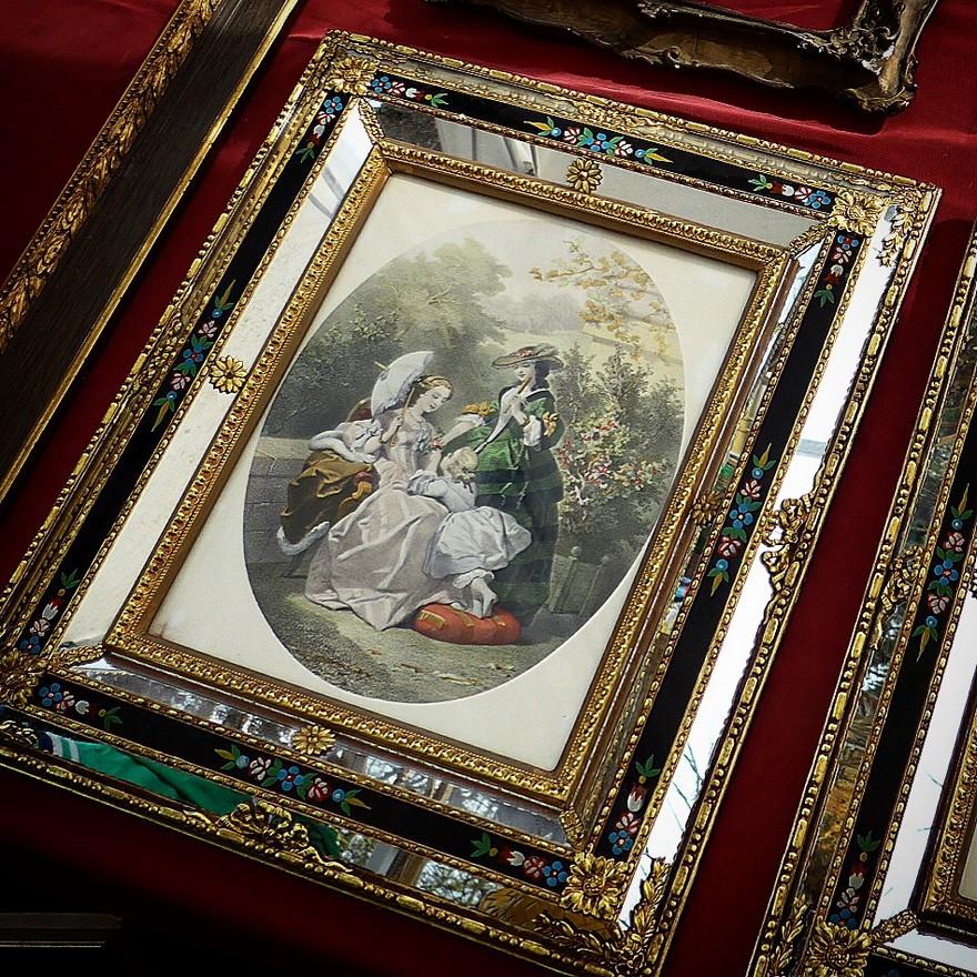 3-5-European-Italian-flea-market-photo-items-sale-antiquities-picture-in-beautiful-frame